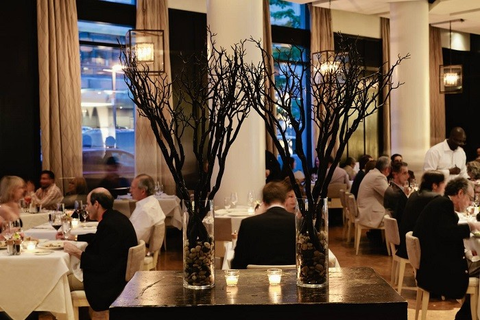 A Look At Five Of The Most Romantic Restaurants In Boston