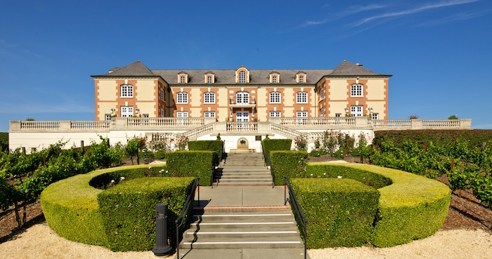2011_Front_Chateau_Stairs