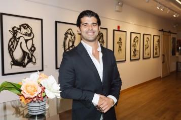 Artist Alexander Mijares Unveils 'Distractions' : at His Premiere NYC Exhibit