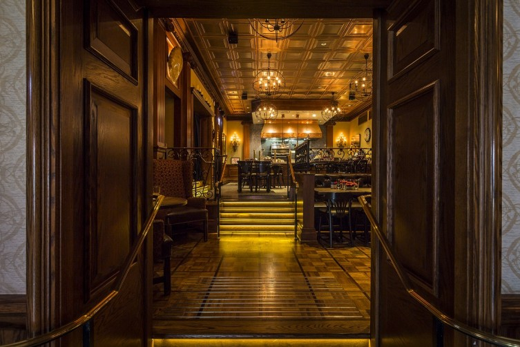Lawry's - SideDoor entrance