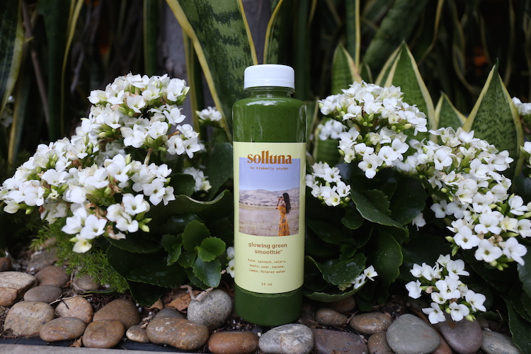 Solluna Glowing Green Smoothie by Kimberly Snyder