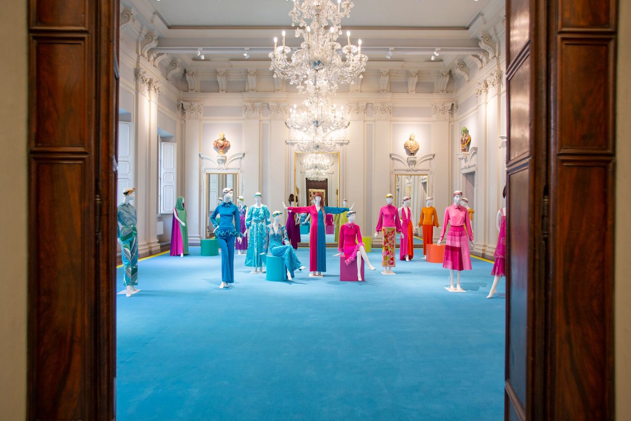 One of the experiences is an exploration of the heritage of Emilio Pucci in Italy