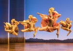 """""""Lionesses Dance"""" in THE LION KING North American Tour"""
