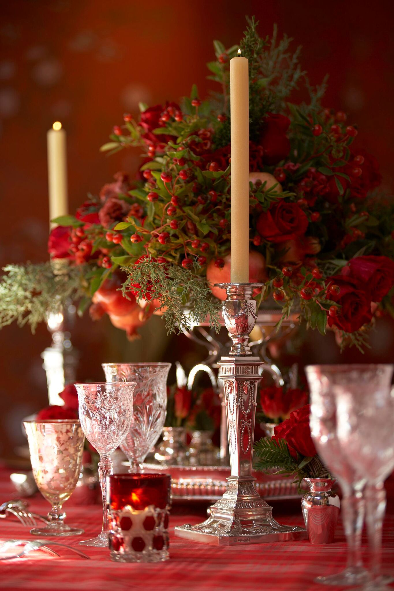 Her holiday tablescape