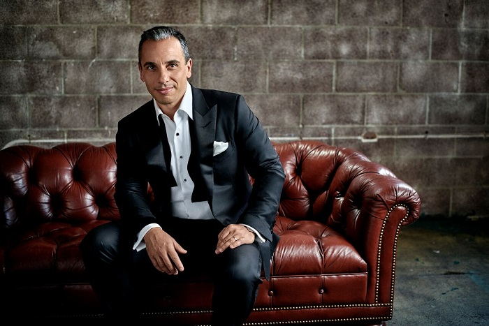 Sebastian Maniscalco Dishes On Working With Martin Scorsese