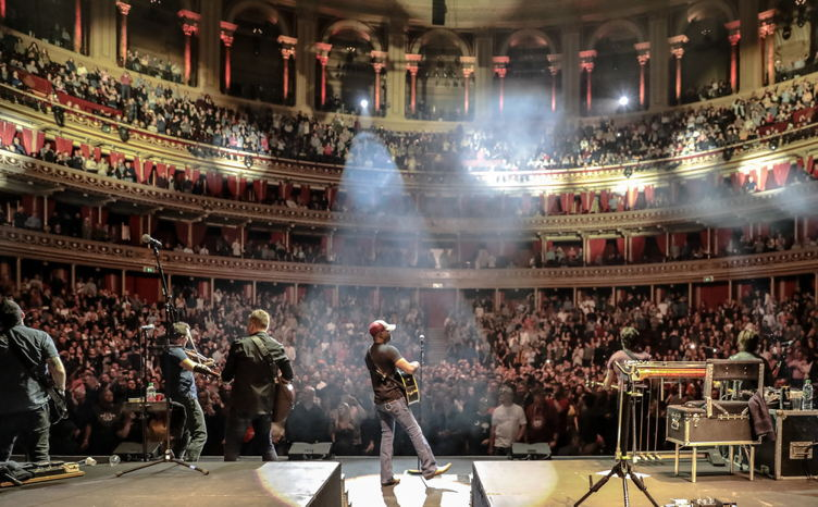 Darius performs at London's Royal Albert Hall