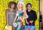 LOLA by Alyssa Simone x Romero Britto Celebrate New Handbag Collaboration with Chic Cocktail Hour