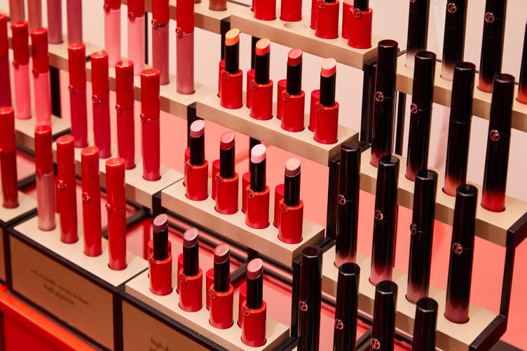 Global Beauty Pop Up Armani Box Lands