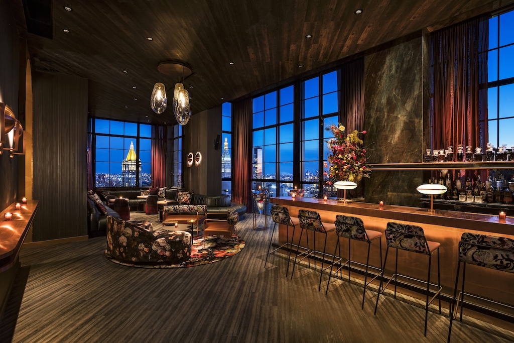 Hottest Ny Rooftop Bar The Fleur Room Opens At Moxy Chelsea