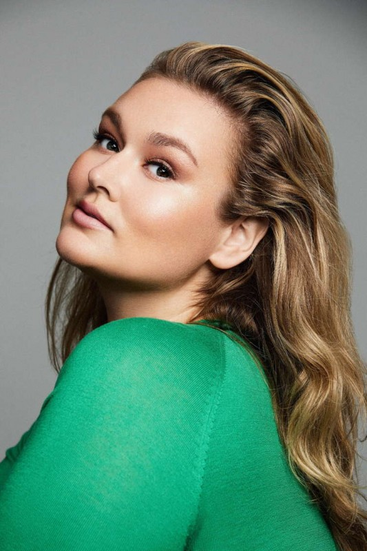 Hunter McGrady Discusses Body Positivity And Upcoming Wedding