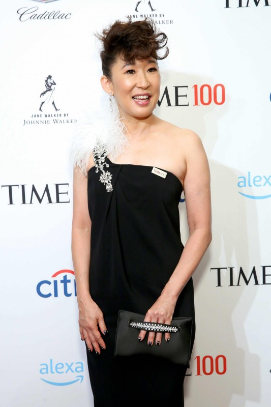 Sandra Oh at the TIME 100 gala with Jane Walker by Johnnie Walker specialty cocktails