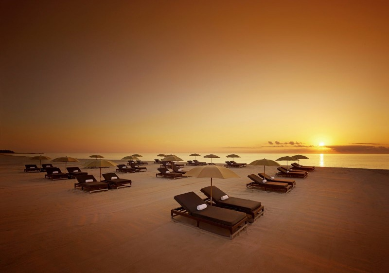 Setai_Beach-Sunrise-Wide 1A