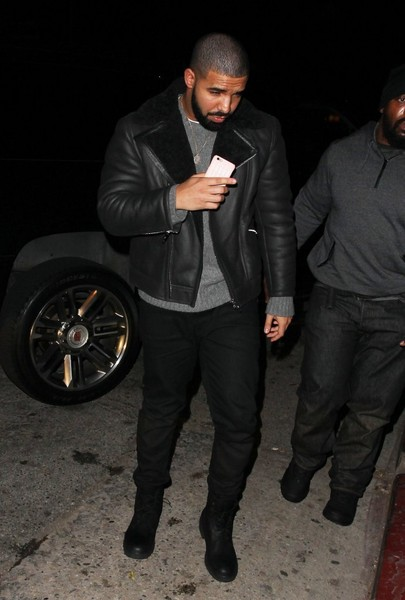 Drake+Celebrities+Celebrate+Balthazar+Getty+l5RCBgT1Gqvl