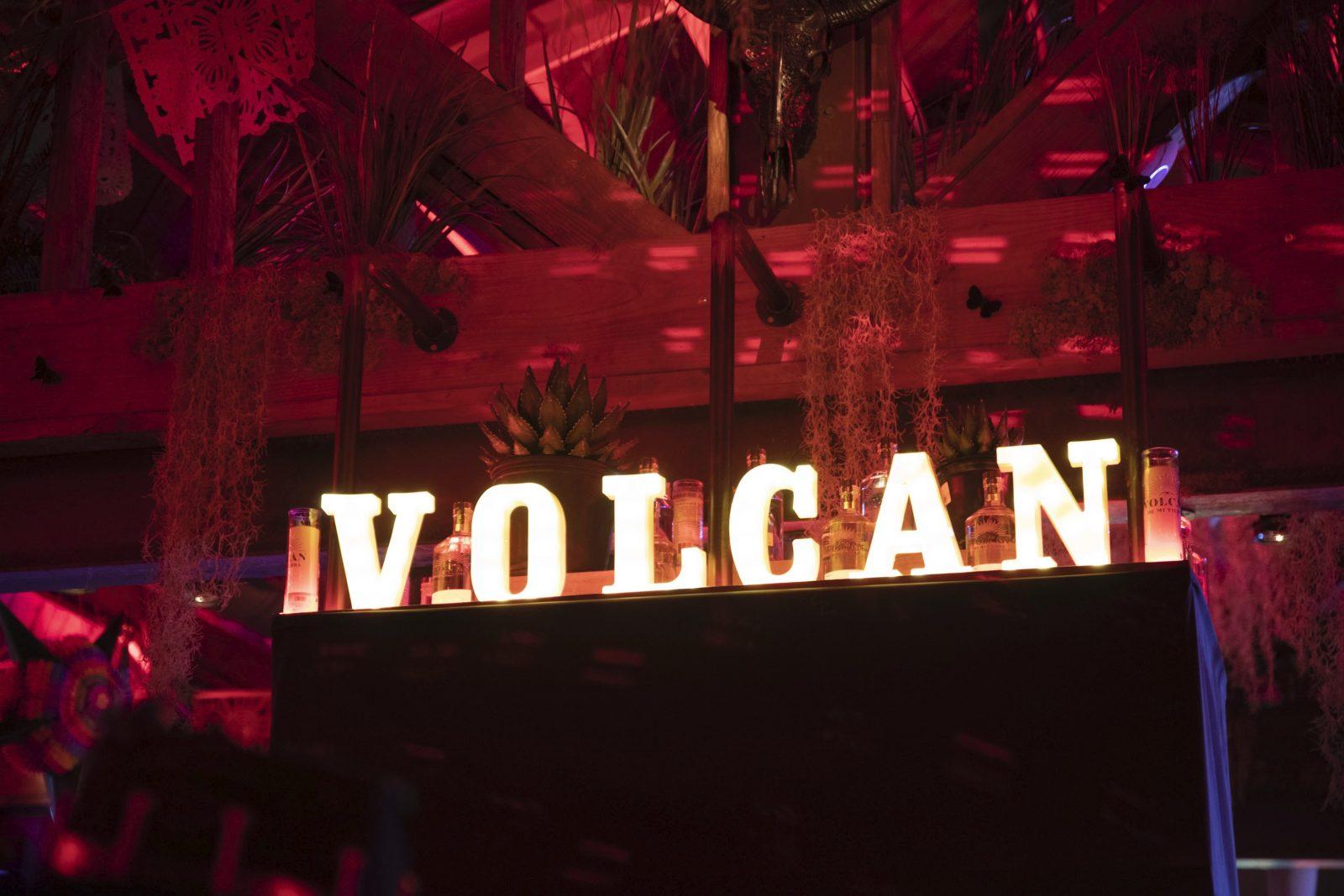 Volcan Halloween