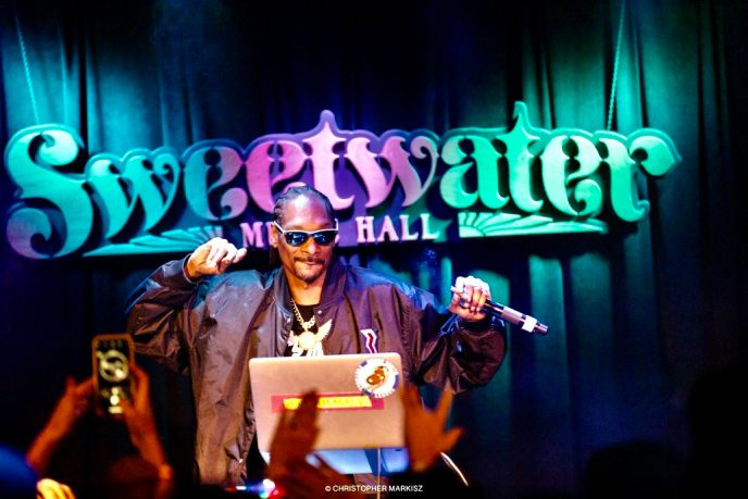 Snoop Dogg spinning at Sweetwater Music Hall