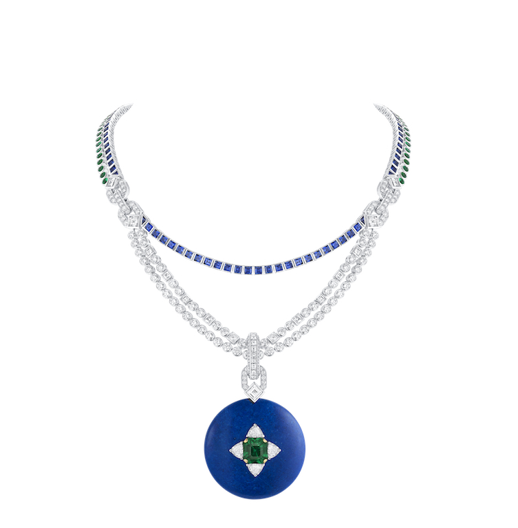 Louis Vuitton Le Talisman Necklace (1 emerald cut emerald for 4.07 carats, 1 square cut diamond for 0.62 carats, 4 triangular-shaped diamonds for 0.54 carats) from Riders of the Knights collection