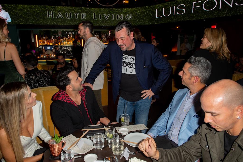 Luis Fonsi & Rick De La Croix
