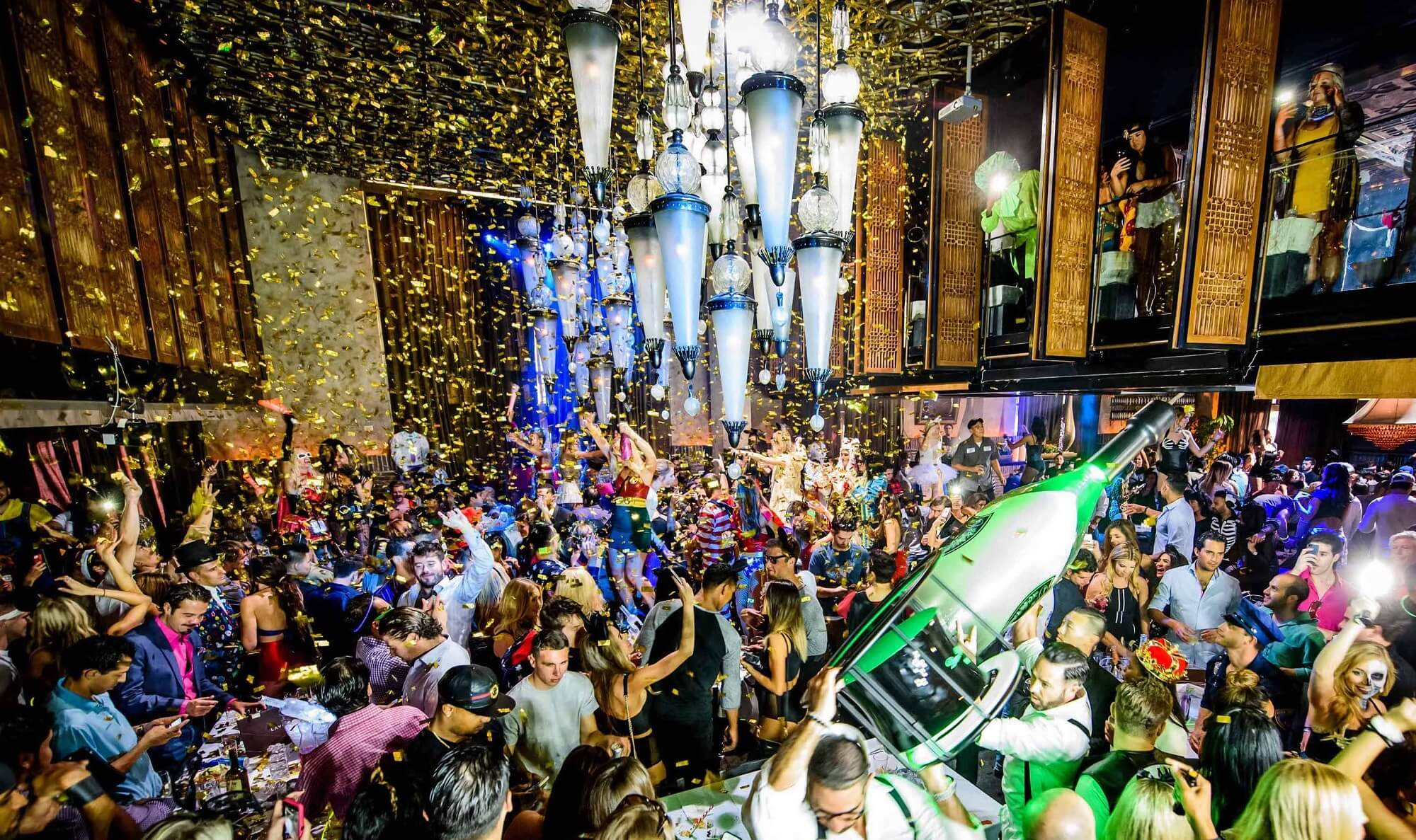 LAVO Party Brunch Atmosphere