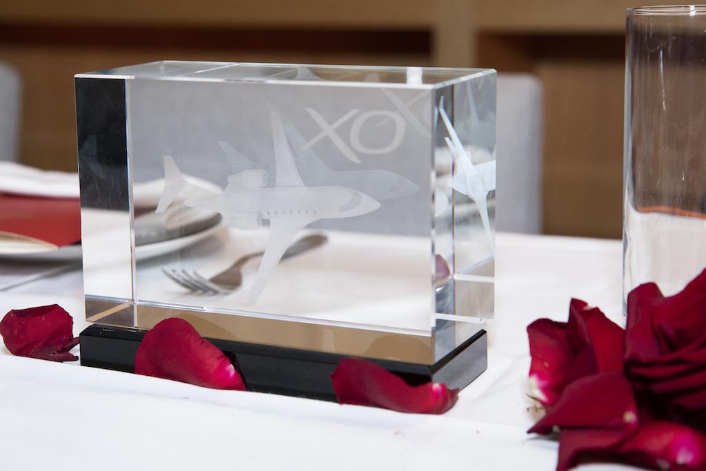 XO dining table décor