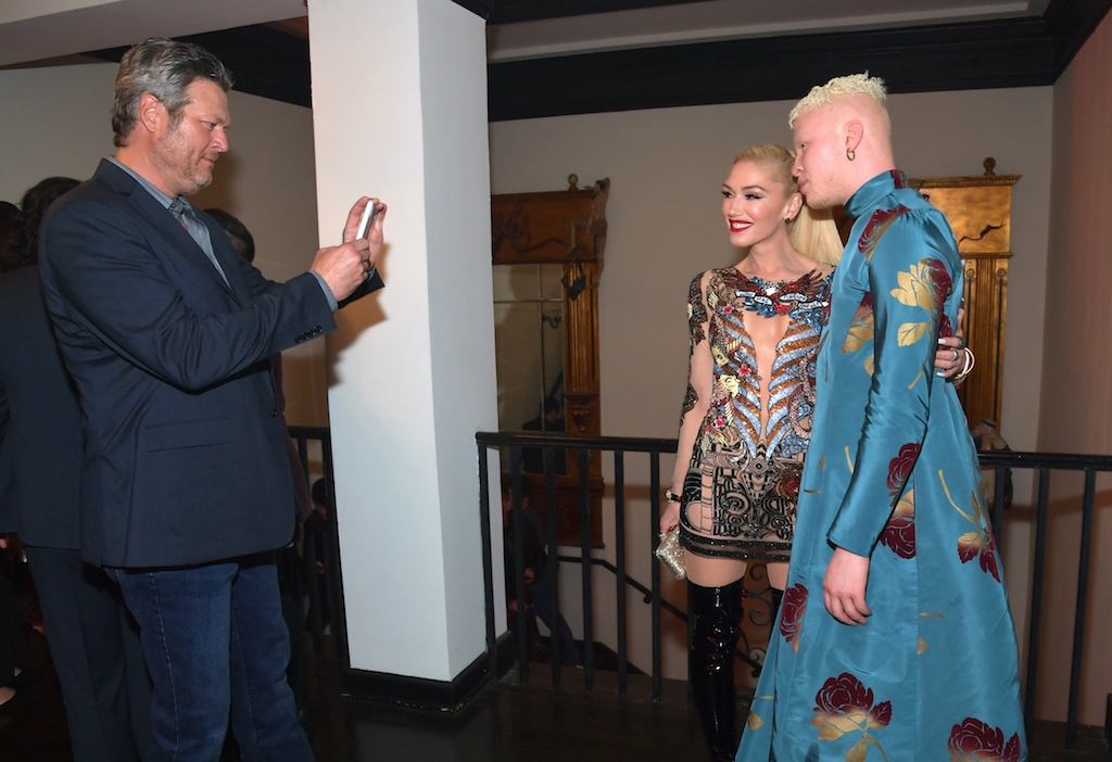 Warner Music Group Pre-Grammy Party - InsideBlake Shelton, Gwen Stefani and Shaun Ross