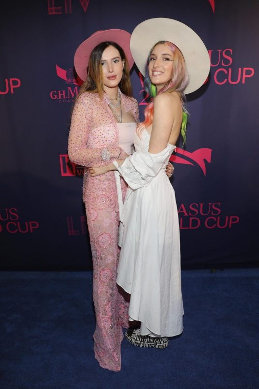 Bella and Dani Thorne at the Pegasus World Cup - Photo Credit Getty Images