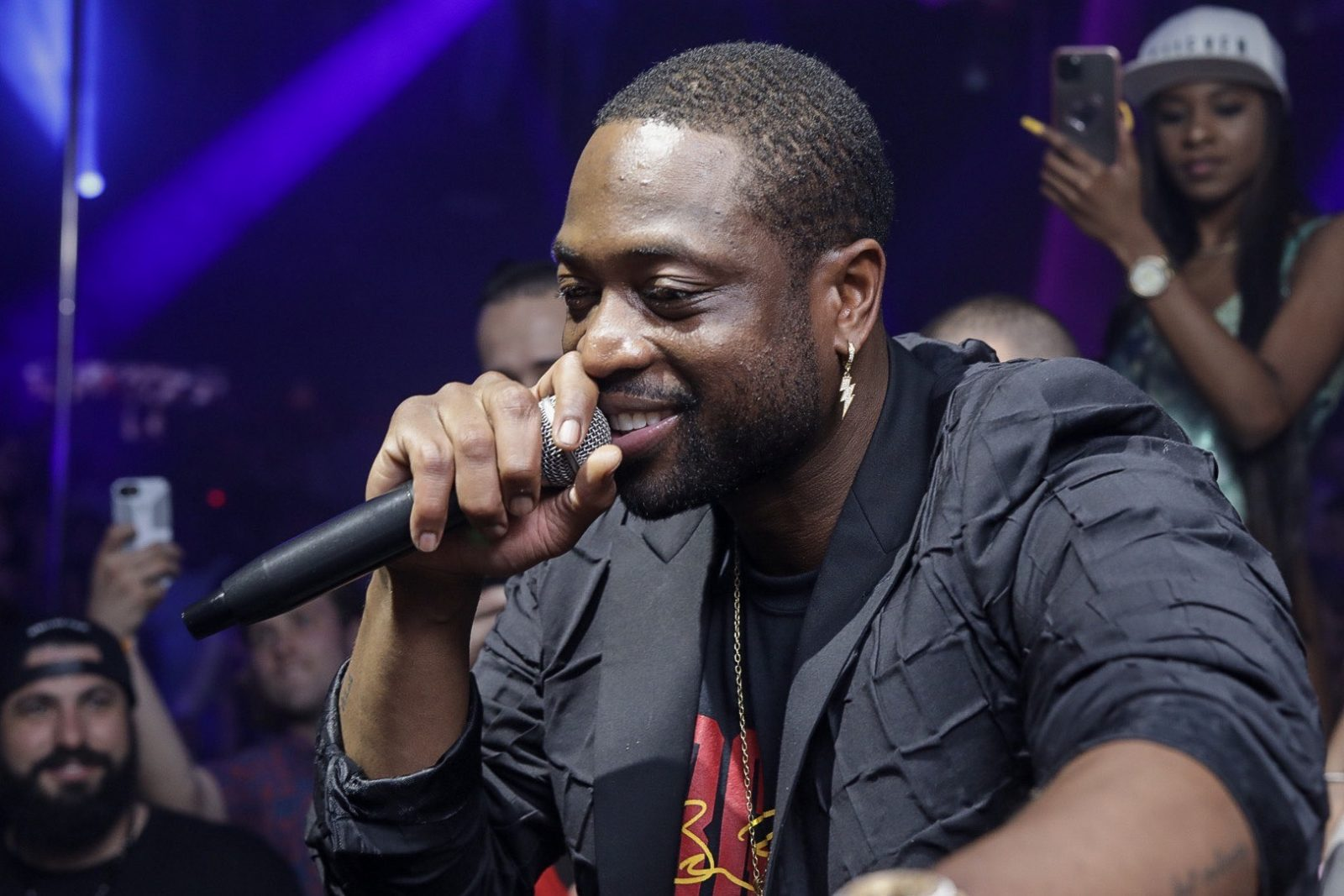 Dwyane Wade at 11 – PHOTO CREDIT - ADINAYEV(2)[1]