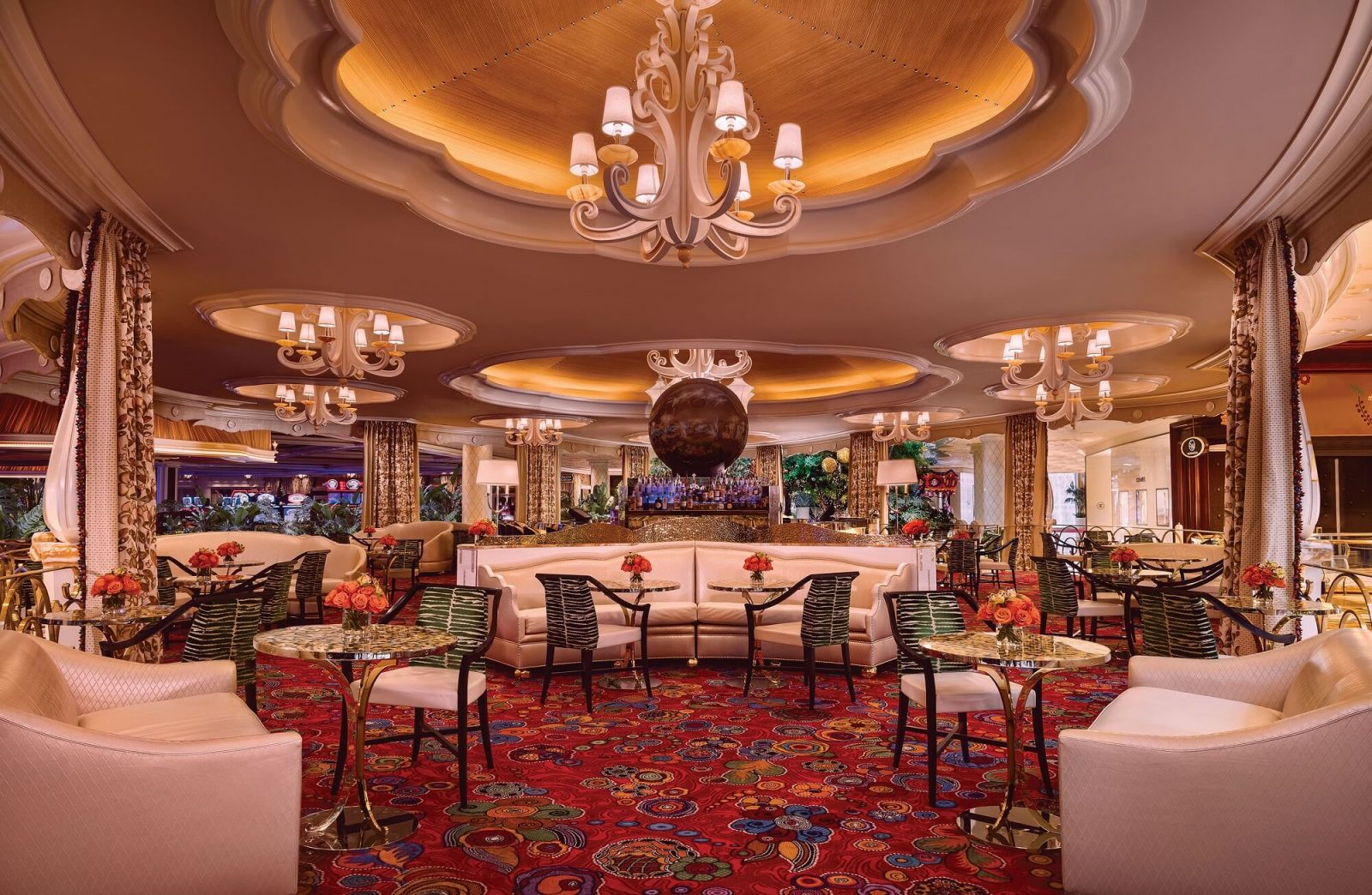 Wynn Las Vegas Offers Pure Luxury From Day To Night