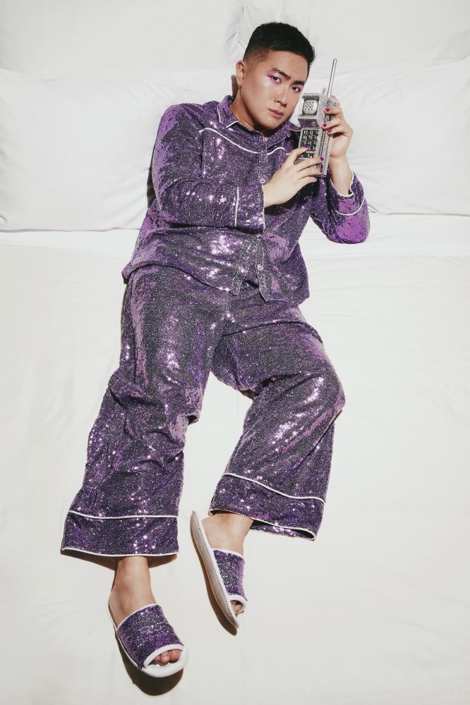 Retro brick phone purple sequin pajamas