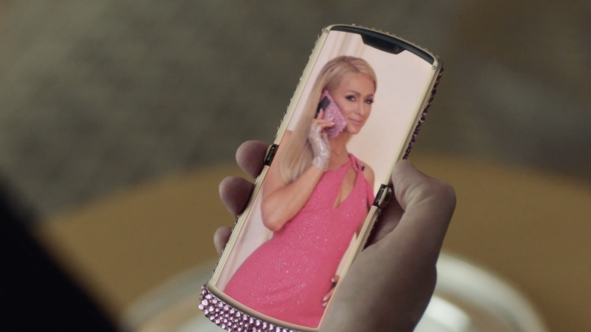 Paris Hilton pink bedazzled Motorola razr