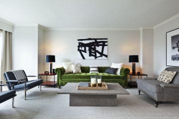 Signature Suite 2126 Living Room
