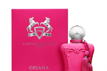 PACKSHOT ORIANA WITH PACK – FINAL