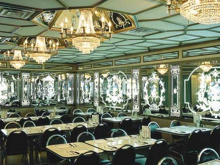 Versailles_article