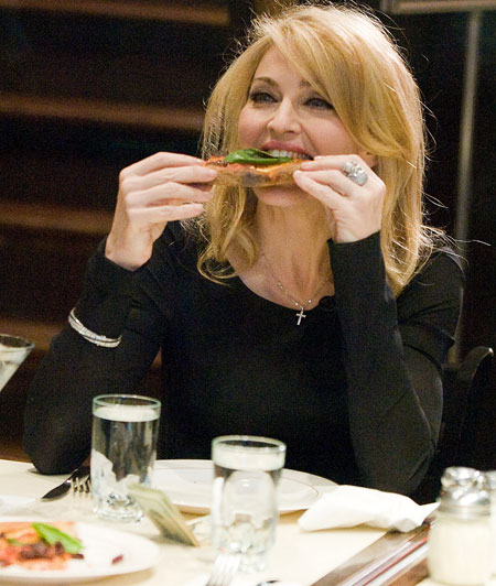 madonna-munches-on-pizza-pic-rex-956693182