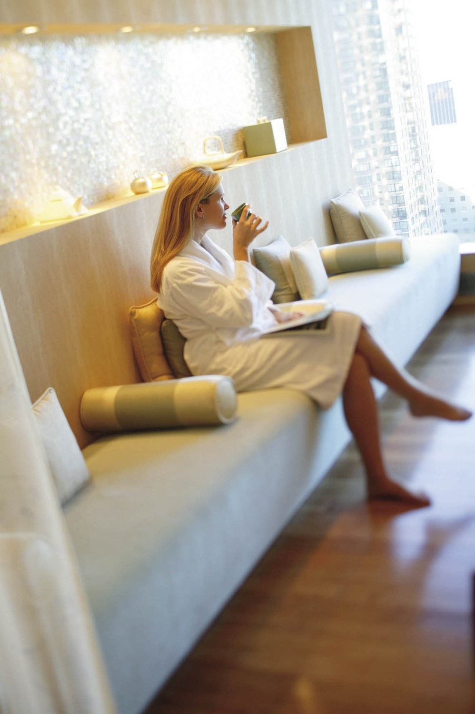mandarin-oriental-new-york-tea-lounge